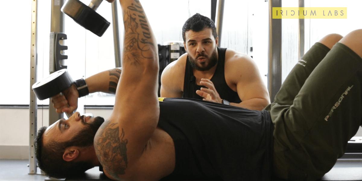 maximizar treino de bíceps e tríceps