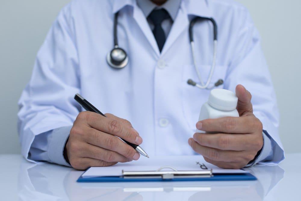 medico-melatonina-receita