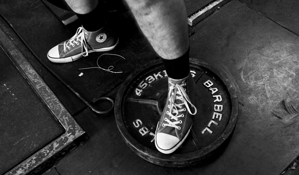 Lifting-Shoes-Converse-All-Star