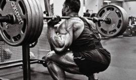 Como melhorar no agachamento e no terra treinando apenas um músculo