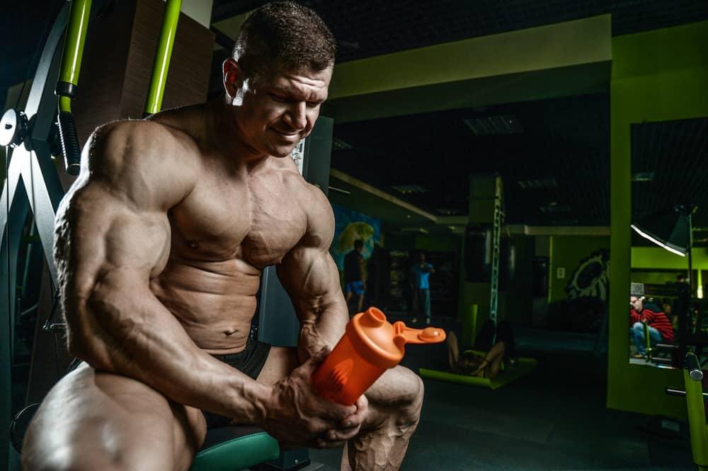7a443f603b1e6 Qual o melhor horário e como tomar whey protein