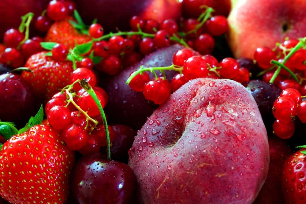 red colored fruits - 600×400