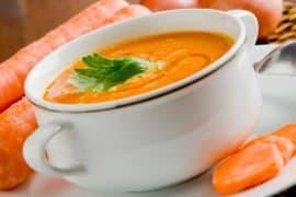 5 receitas de sopa ideais para quem busca de um shape seco e definido