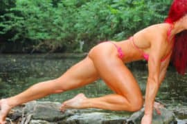 Campeã do Ms. Olympia ensina 4 superséries insanas para as pernas