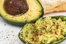 7 receitas incríveis com abacate para quem está numa dieta Low Carb