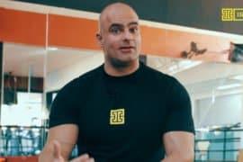 [VÍDEO] Papo com Kotolak: como a musculação pode ajudar a combater a osteoporose