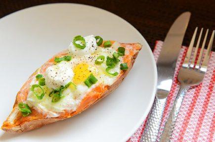 batata recheada com ovo